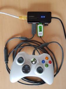 Auf allen Fire TVs lassen sich USB-Gamepads, USB-Sticks, USB-Tastaturen und USB-Mäuse anschließen - bis auf beim Fire TV Stick 1, dort geht es nur mit Root-Zugriff