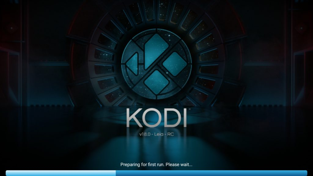 """Der neue Startbildschirm von Kodi 18 RC1 - es wurde lediglich der Text von """"Beta"""" zu """"RC"""" gewechselt"""