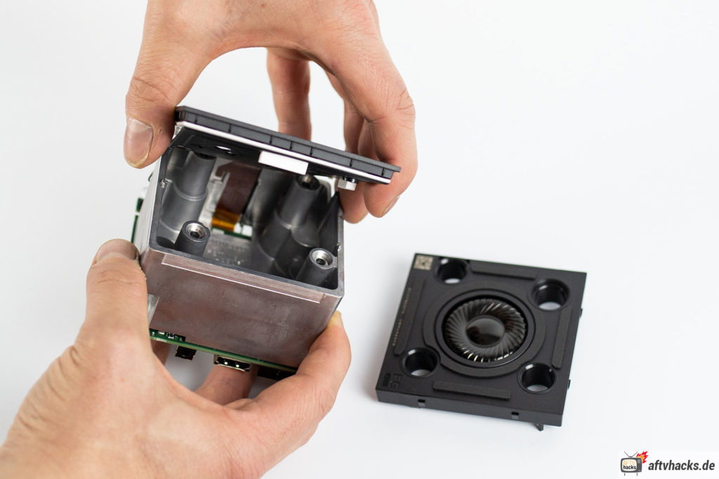Hardware zerlegt - So sieht der Fire TV Cube 2 von innen aus